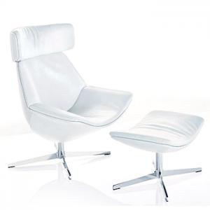 Кресло из белой кожи для гендиректора ОАО «МОЭК» за 333 тысячи рублей