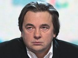После разговора с Путиным Константин Эрнст попытался застрелиться
