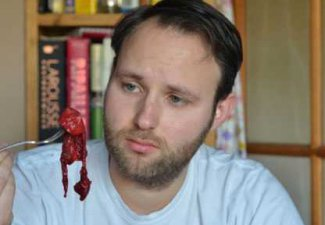 Любознательный муж съел плаценту своей жены