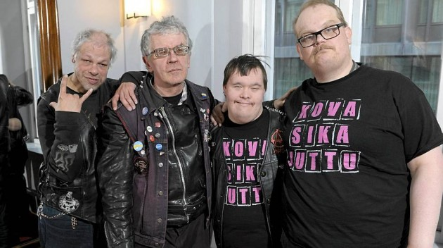 Группа панк-даунов из Финляндии Pertti Kurikan Nimipäivät