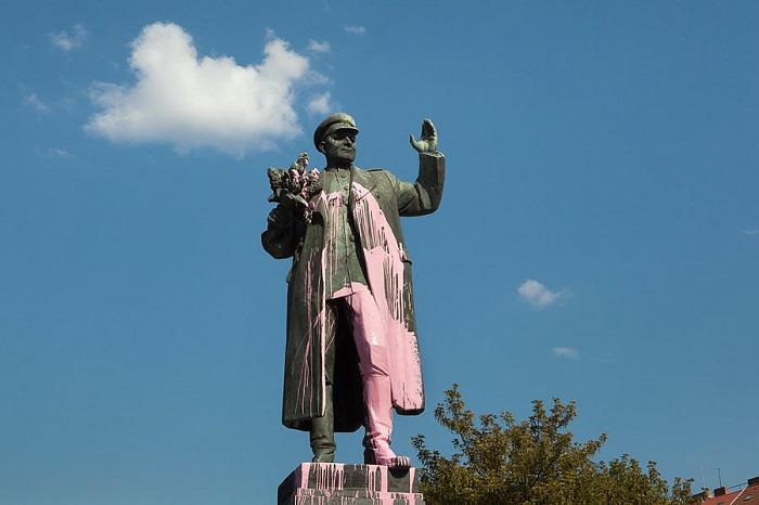 Соображения по поводу пражского памятника маршалу Коневу в десяти пунктах